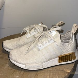 Adidas NMD R1 in Off-White and gold metal